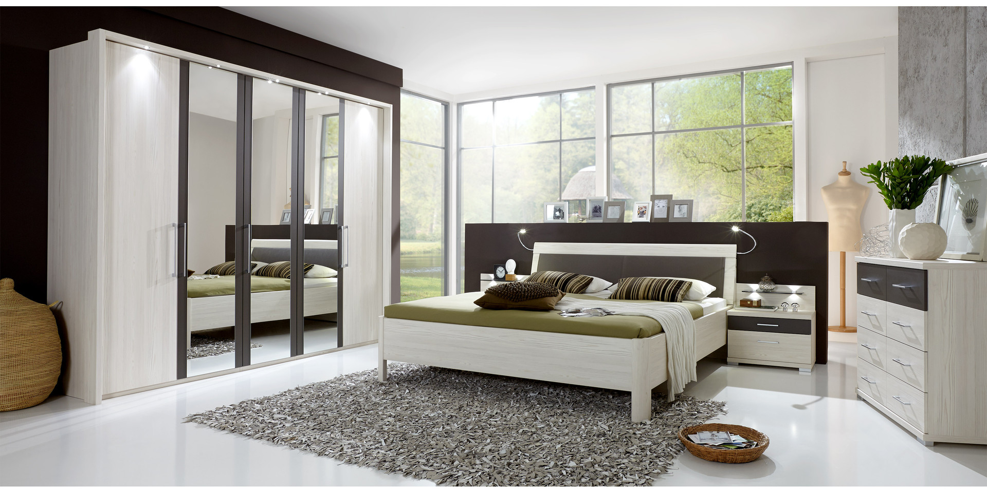 schlafzimmer set angebote kleines schlafzimmer ideen einrichtung laura biagiotti bettw sche. Black Bedroom Furniture Sets. Home Design Ideas