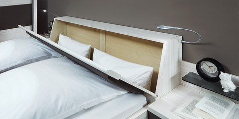 erleben sie das schlafzimmer lissabon m belhersteller wiemann. Black Bedroom Furniture Sets. Home Design Ideas