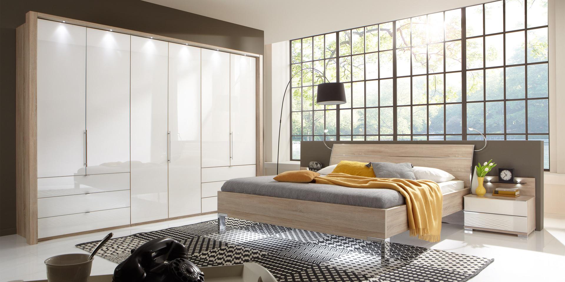 Schlafzimmerschrank wei modern for Schlafzimmerbilder modern