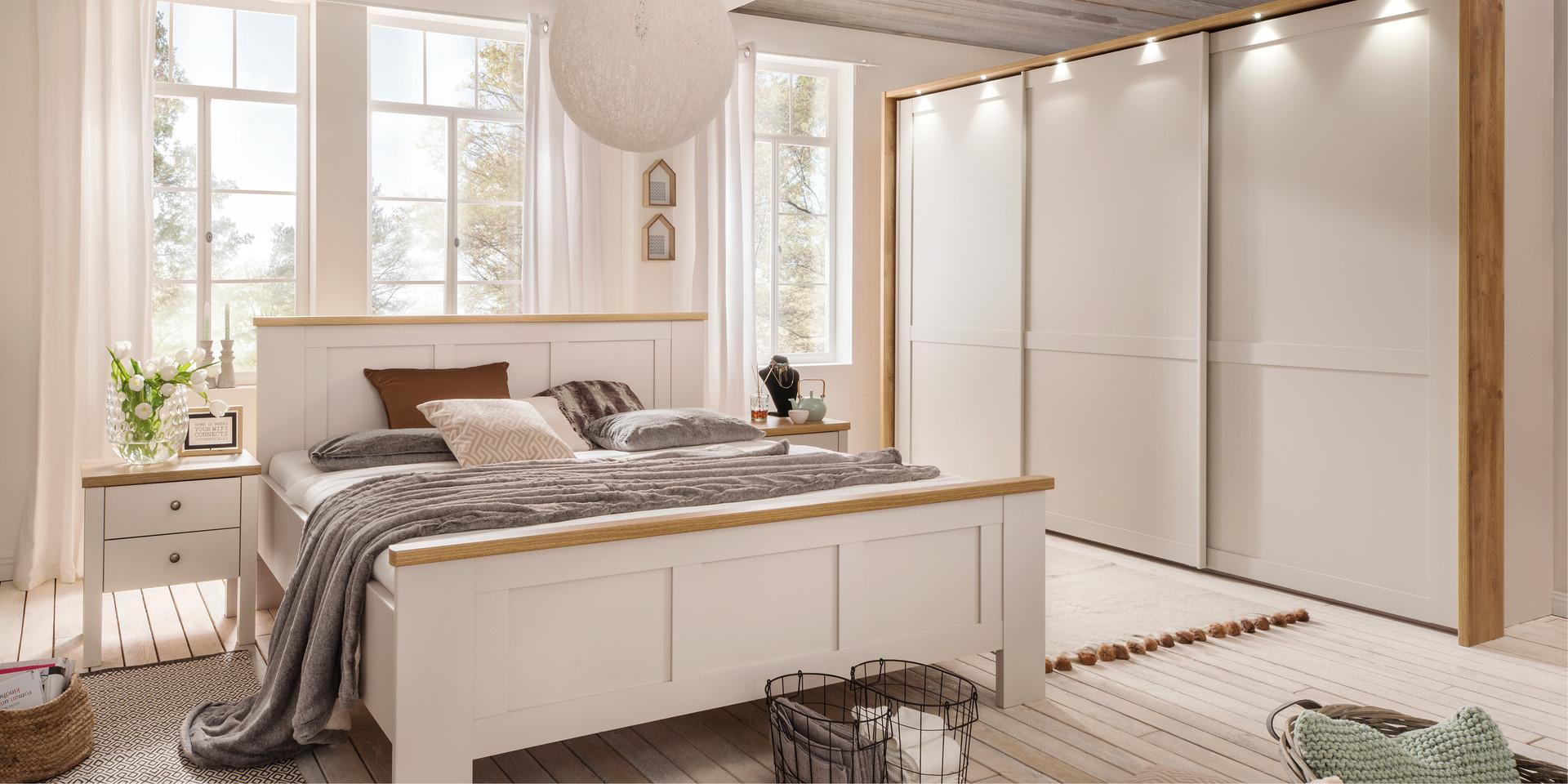 Sloane Idyllischer Landhausstil Schlafzimmer