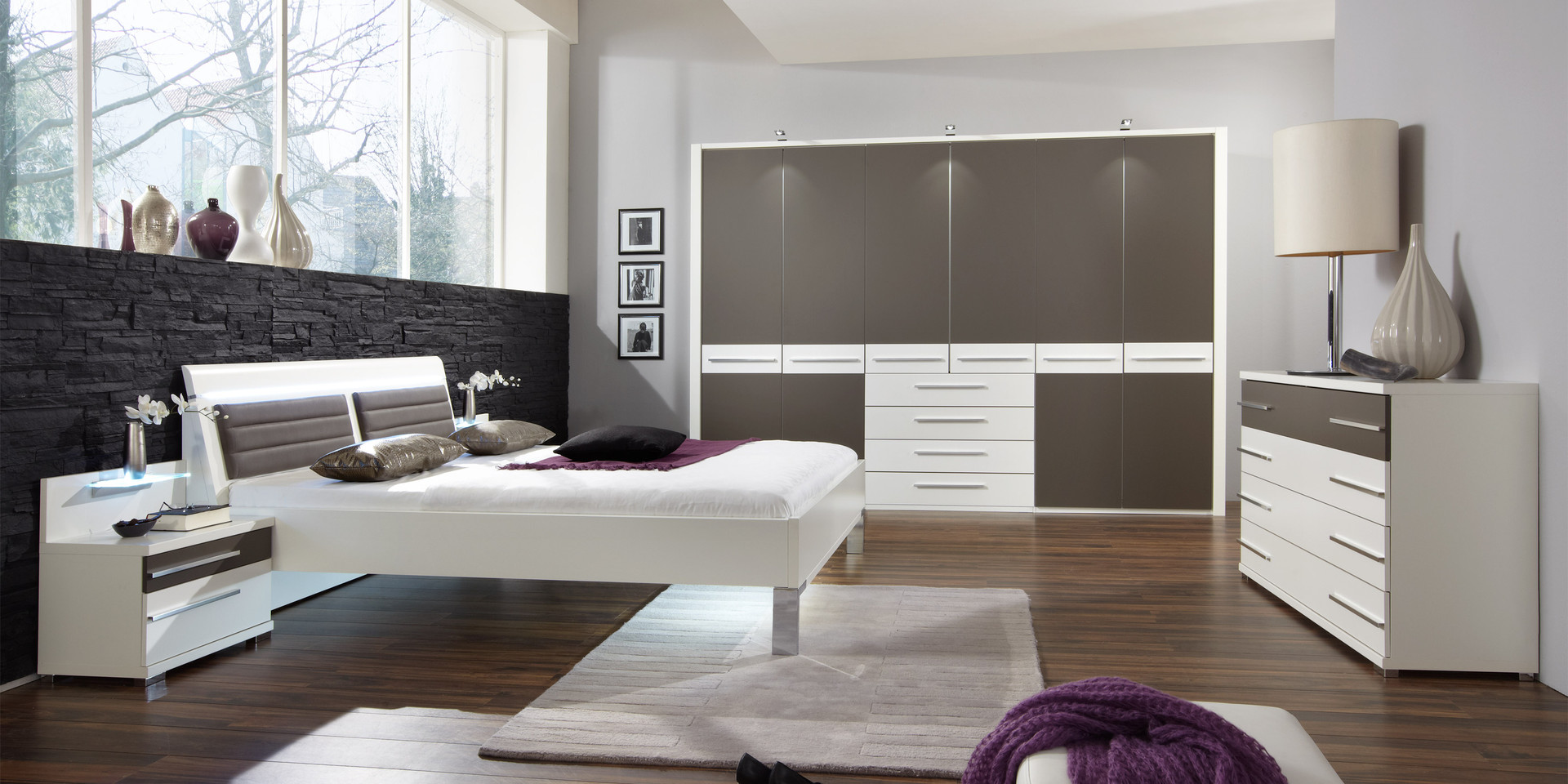 schone ideen moderne schlafzimmer wanddeko. Black Bedroom Furniture Sets. Home Design Ideas