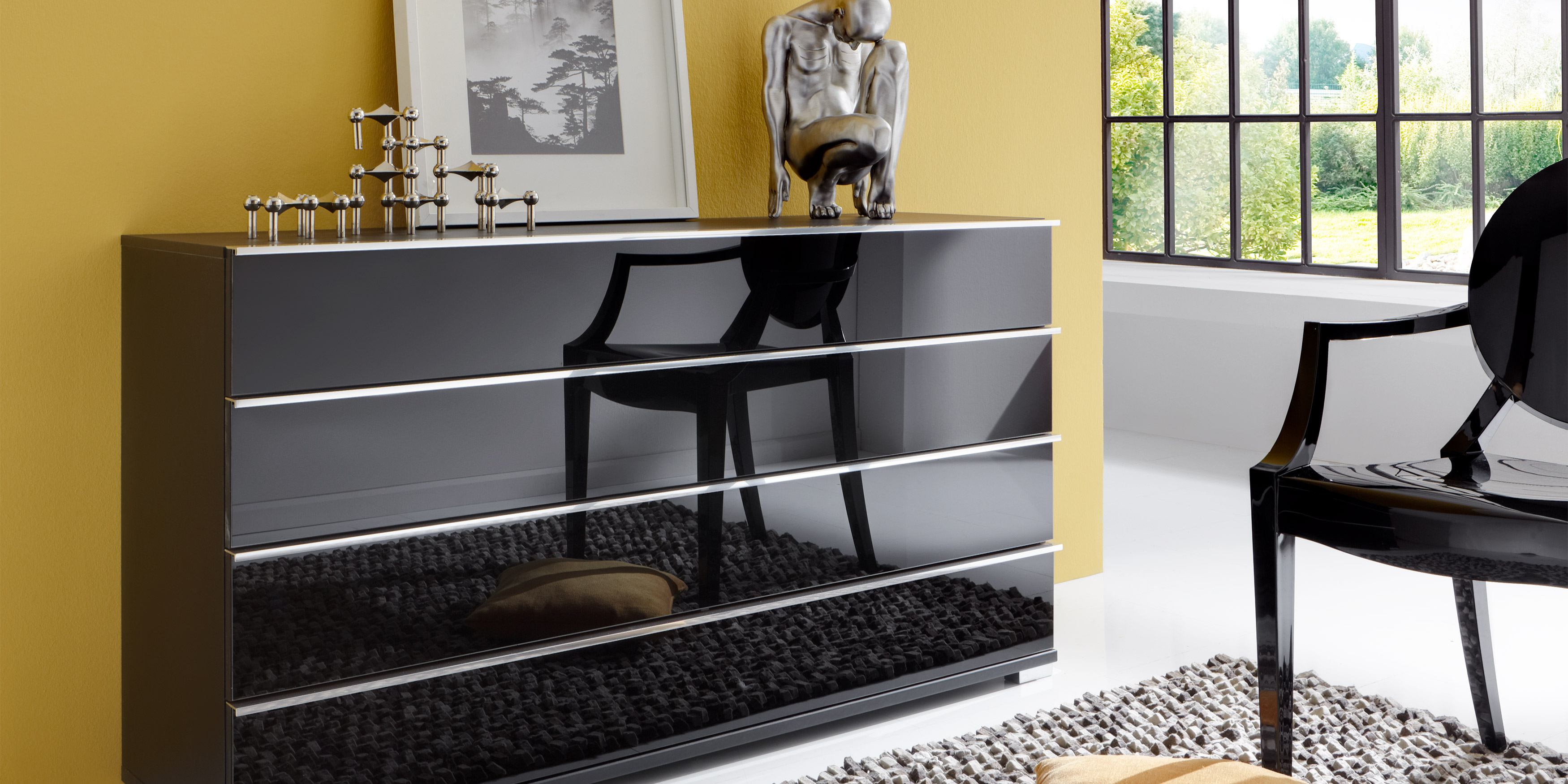 schlafzimmerschrank modern mit spiegel. Black Bedroom Furniture Sets. Home Design Ideas